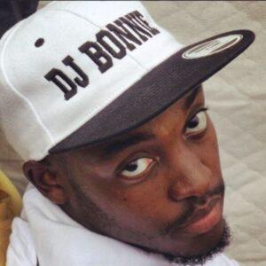 DJ Bonnie feat. Boyzee & SneMusiq - Mzansi (Afro House) 2017