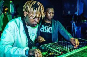 DJ Twitty - Impilo Ethekwini (Distruction Boyz Remix) 2017